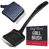 Cepillo de limpieza para parrilla de barbacoa Chef Remi, resistente con cerdas de alambre y raspador de acero inoxidable para limpiar barbacoas de manera eficiente. Mango de nailon largo de 35 cm