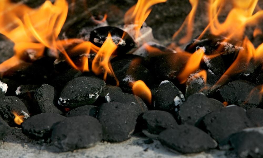 cómo encender una parrilla de carbón